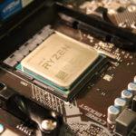 AMD ou Intel, les processeurs se manipulent avec précaution
