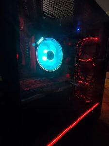 Processeur avec ventilateur et LED